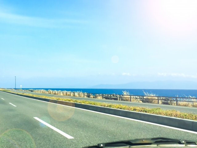 海岸線をドライブ