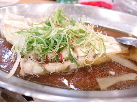 鵝肉城活海鮮(台北居酒屋)たらの煮たやつ