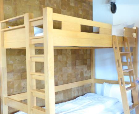 ネスタリゾートプレミアムキャビンシングルスタイル8人部屋二段ベッド