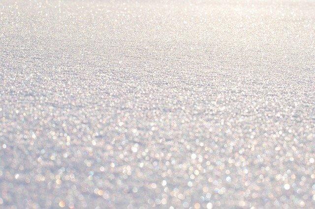 雪と太陽がきらきら
