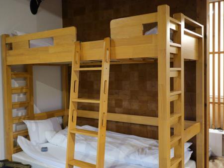 ネスタリゾートアウトドアキャビン6人部屋2段ベッド